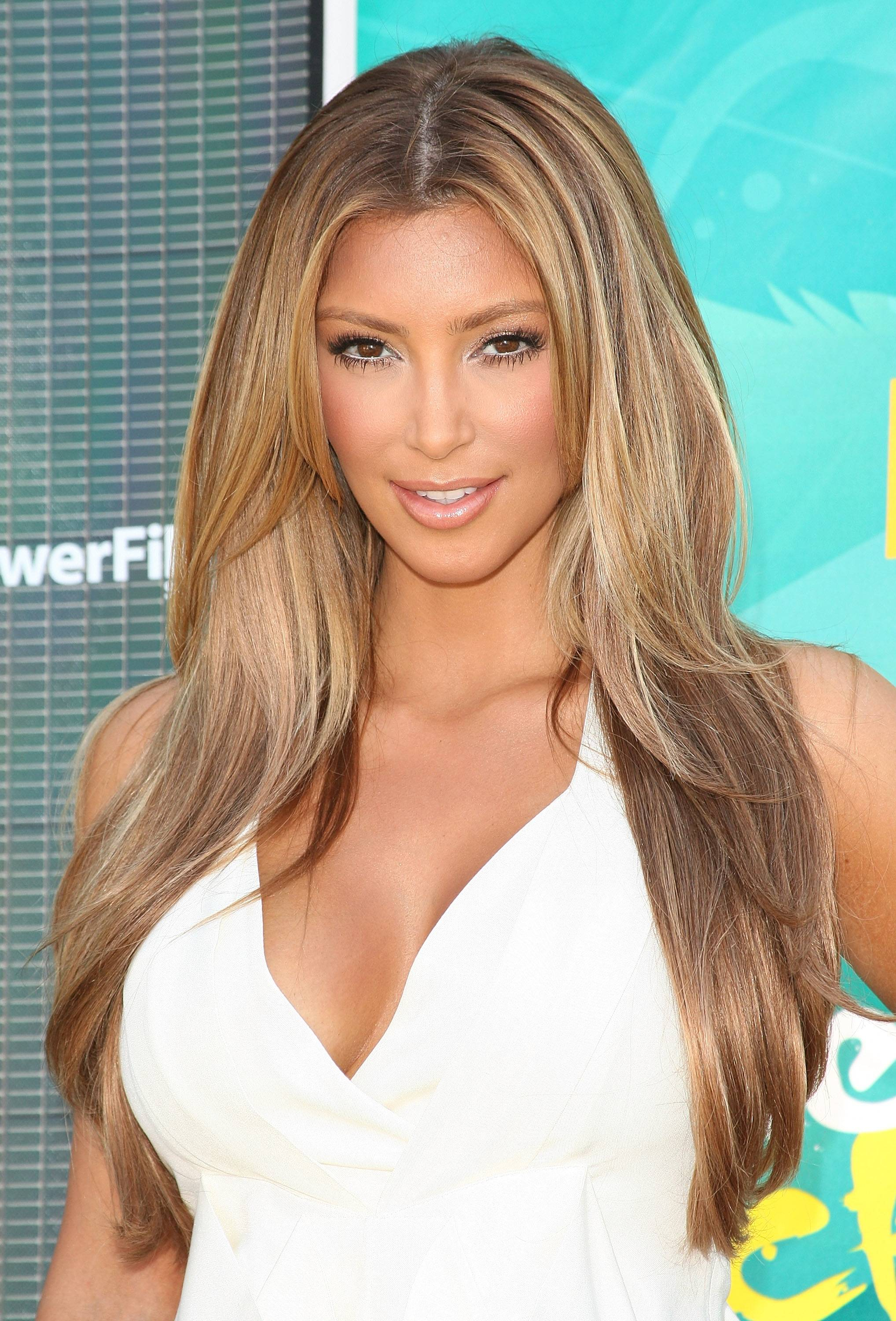 Mane reasons to hop on the hair extensions trend in miami fl kim kardashian blonde hair extensions pmusecretfo Image collections